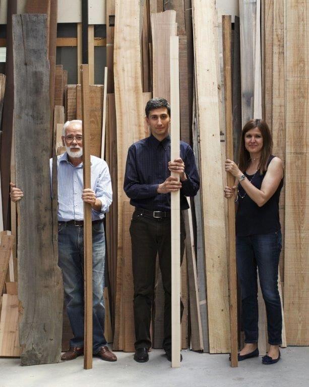 La famiglia Ponti, titolare dell'azienda Ermes Ponti (foto di Martino Lombezzi, tratta dal libro L'impresa del talento).