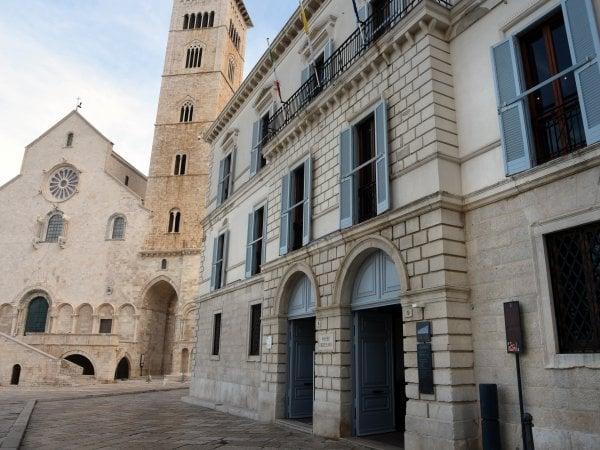 Uno scorcio di Trani con il museo diocesano