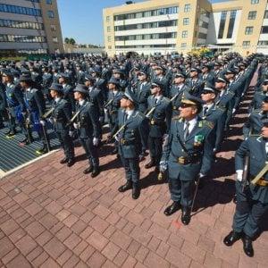 """""""Sei incinta, quindi niente concorso per la Gdf"""": il Tar dà ragione a una soldatessa siciliana"""