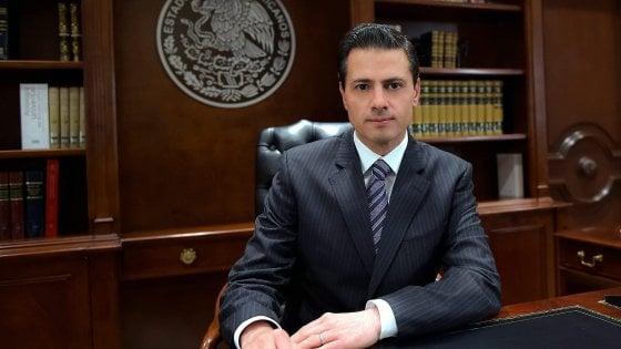 Trump, scontro con il Messico: per finanziare il muro pronta una tassa del 20% sui loro prodotti