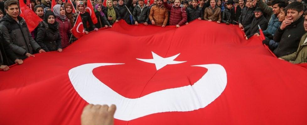 Istanbul, nella Turchia ai tempi del Sultano che cancella anche Shakespeare