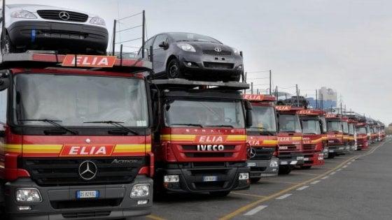 """Delocalizzati anche i Tir: """"Così gli autisti dell'Est si prendono la strada"""""""