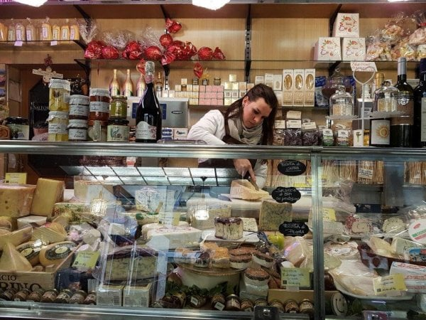 Cibo e bevande, i prezzi italiani superiori alla media Ue