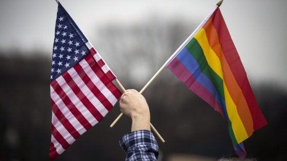 Usa, Washington Post: Trump valuta revoca tutele per gay dipendenti del governo