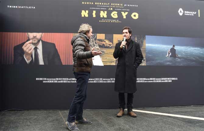 """Renault Scénic a Roma con il """"Temporary Cinema"""""""