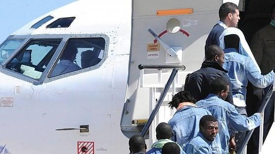 Immigrazione, la stretta sugli irregolari parte dai nigeriani