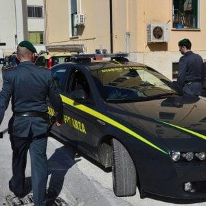 Ancona, direttrice delle Poste sottrae 1 milione ai correntisti. Poi vince al Lotto e scompare