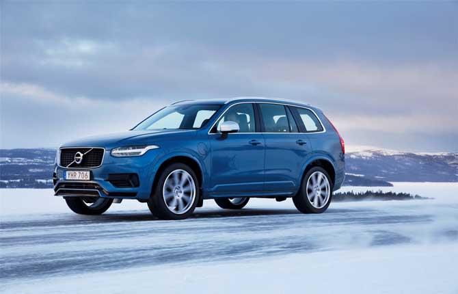 Volvo All-Wheel Drive, la festa è sulla neve