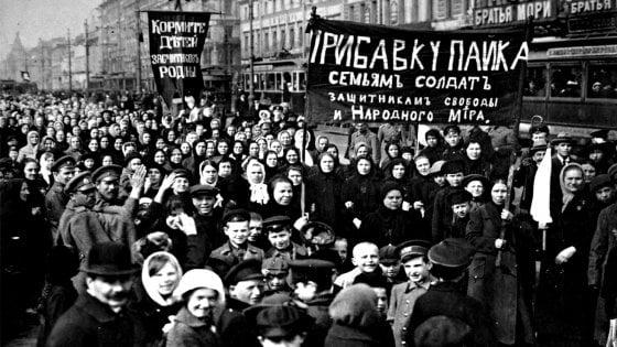 Pietrogrado, quel febbraio 1917 di rabbia e fuoco: e la rivolta diventò rivoluzione