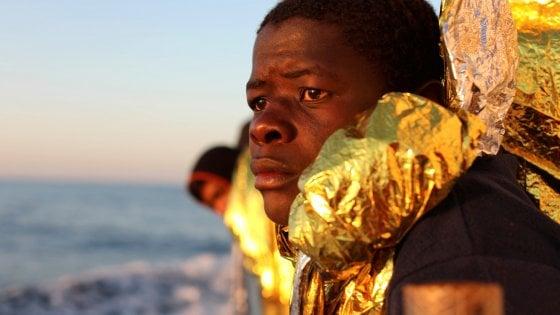 Addio empatia, per i profughi torna la paura per la sicurezza