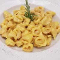Osteria Bottega a Bologna: in campo la tradizione ma non tutto fila liscio (anzi)