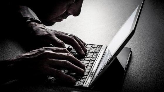 Pedopornografia, Anonymous mette ko 5000 siti nel dark web