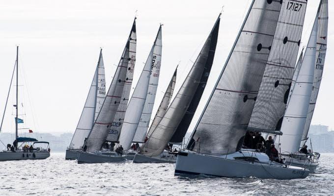 Bari, 18° Invernale 35 barche al via
