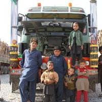 Dramma in Pakistan: abusi e violenze contro 600 mila rifugiati afghani