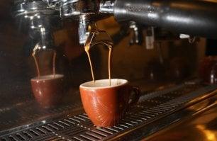 Caffè, i 10 comandamenti per gustarlo come gli italiani (secondo gli inglesi)