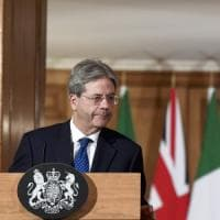 Brexit, Gentiloni a Londra con May: