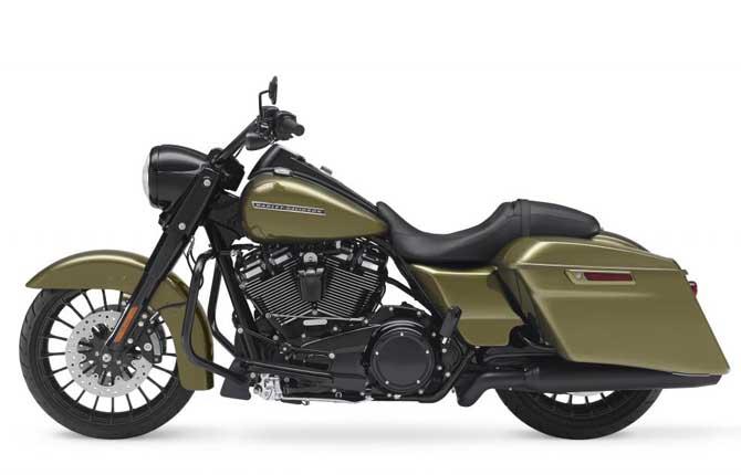Road King Special, l'Harley-Davidson fa show