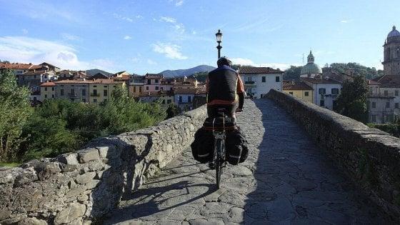 L'Italia vuole la via Francigena come patrimonio Unesco: sette Regioni firmano il protocollo d'intesa