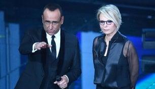 Conti: Berlusconi col babà    De Filippi : Silvio fa così