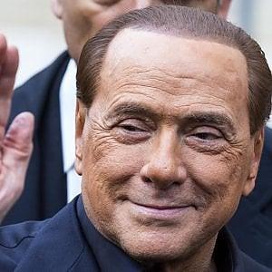 """Silvio Berlusconi: """"Votare adesso è da irresponsabili. Salvini non sarà candidato premier"""""""
