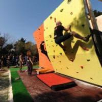 Fitness, quanto fa bene arrampicare in città