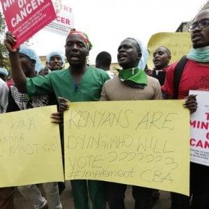 Kenia da 70 giorni i medici sono in sciopero emergenza for Costo seminterrato di sciopero