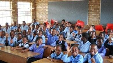 Tanzania, un milione e mezzo di adolescenti  non riesce ad andare a scuola