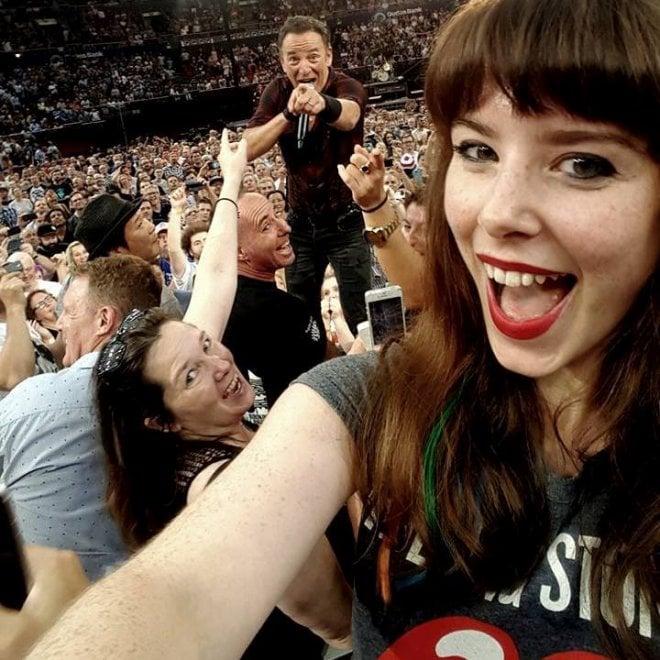 Australia, selfie con il Boss: l'autoscatto con Springsteen è perfetto