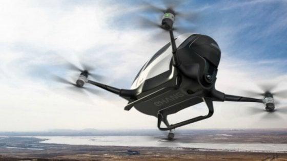 Dubai, 'drone taxi' con passeggero: in volo a 100 km/h
