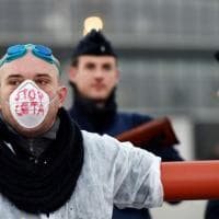 Ceta, proteste davanti all'Europarlamento