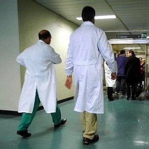 Sanità: errori medici e scarsa prevenzione, 100 mila italiani si potevano salvare