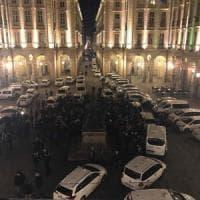 """Tassisti sul piede di guerra: """"Milleproroghe apre le porte a Uber"""". Nelle città traffico..."""