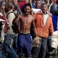 Sudafrica, si riaccende la xenofobia e c'è chi soffia sul fuoco