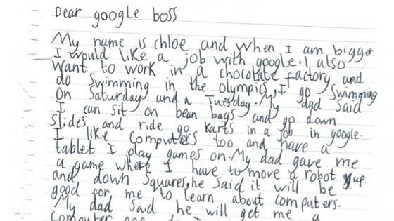 """Chloe, 7 anni, scrive a Google per un lavoro. Pichai le risponde: """"Ci risentiamo quando finisci gli studi"""""""