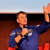 """A 60 anni Nespoli pronto per la terza missione: """"Mi manca la passeggiata nello spazio"""""""