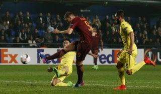 Villarreal-Roma 0-4: triplo Dzeko, i giallorossi ipotecano gli ottavi