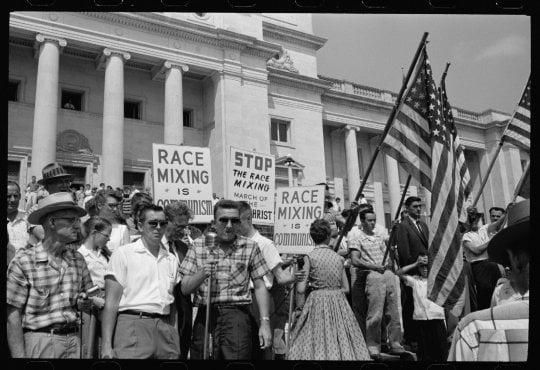 """Raoul Peck: """"L'America razzista di oggi? Tutto era già stato previsto"""""""