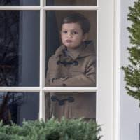 Casa Bianca, piccoli Trump crescono: la smorfia di Joseph dallo Studio Ovale