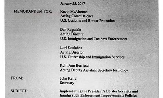 """""""Trump vuole la Guardia Nazionale contro i migranti irregolari"""". La Casa Bianca: """"Falso"""""""