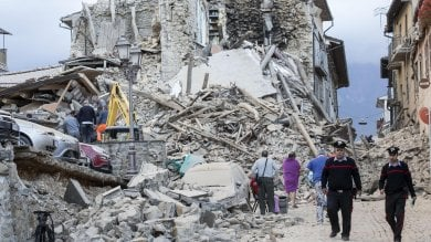 Terremoto, il censimento dei crolli:  è inagibile  una casa su due