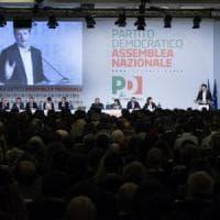 """Crisi Pd, Renzi si dimette e lancia la sfida: """"Peggio della parola scissione solo la..."""