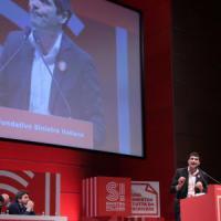 """Congresso SI, eletto Fratoianni segretario: """"Dialogo con gli scissionisti Pd se non..."""