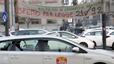Taxi, ancora stop e aggressioni a Milano