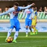 Napoli, il Real Madrid è lontano  Chievo travolto 3-1   Foto