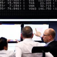 Borse europee incerte, lo spread torna a salire
