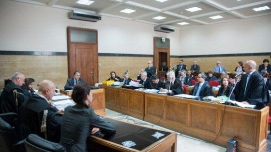 Sardegna spese pazze dei gruppi politici 13 consiglieri for Gruppi politici