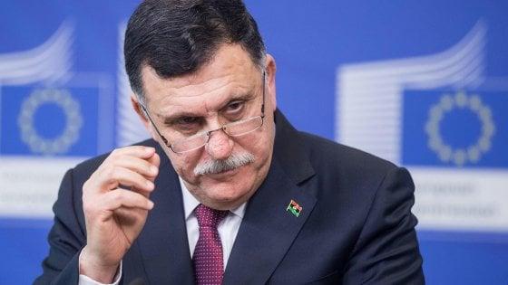 Libia, spari al passaggio del convoglio di Serraj