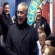 "La mascotte all'arbitro: ""Niente cartellini rossi"""
