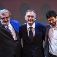 """Scissione Pd, lo sconforto di Enrico Letta: """"Non può finire così"""". Minoranza decisa:..."""