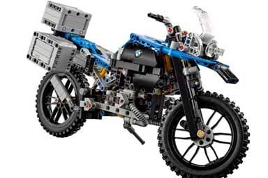 Bmw e Lego, la R 1200 GS Adventure è servita